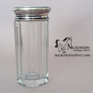 Shaker Jar with Sterling Top and Grill